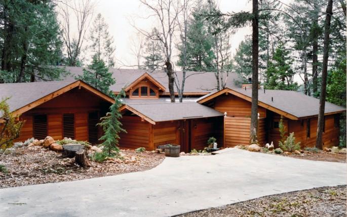 Lodgewood Residence